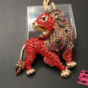 Red Bling Crystal Cute Lion Animal Necklace